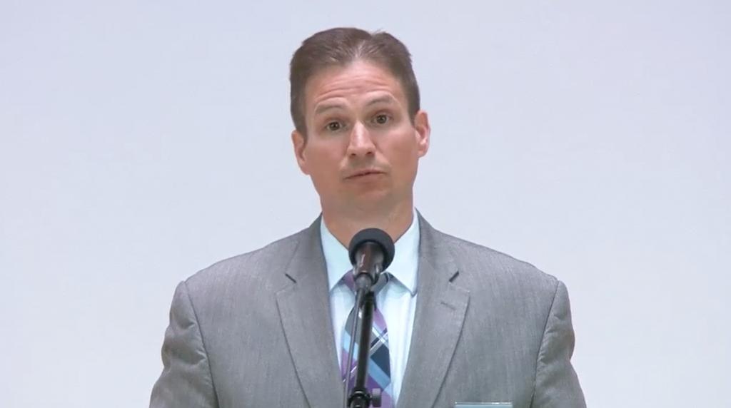 Jared Gossman explică clar că Martorii trebuie să fie pregătiţi să-şi pună capăt vieţilor lor de dragul convingerilor