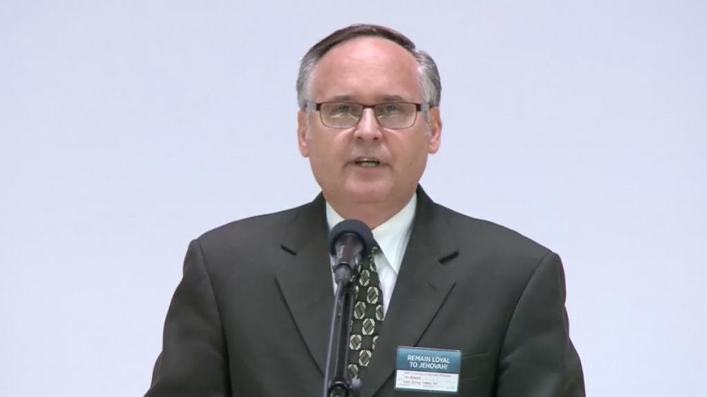 Tim Blazek le reaminteşte Martorilor să se pârască unul pe celălalt când se detectează comiterea unui păcat grav